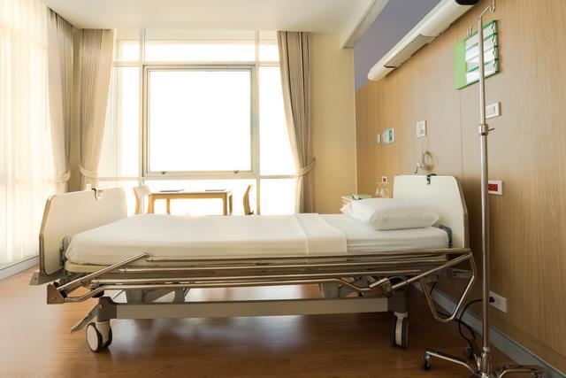 Лікарняні ліжка
