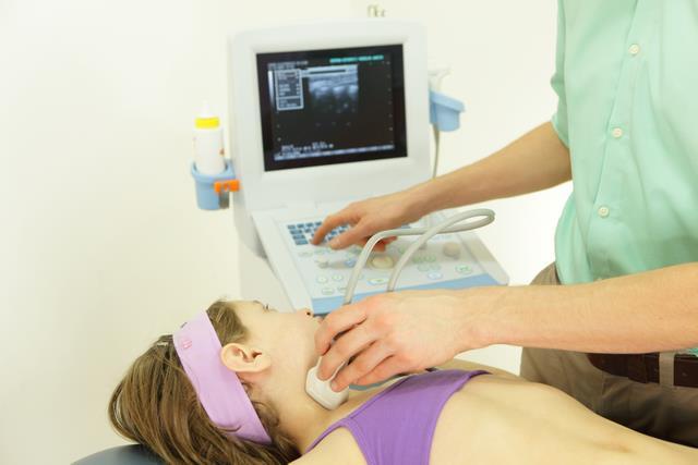леченение кривошеи у ребенка