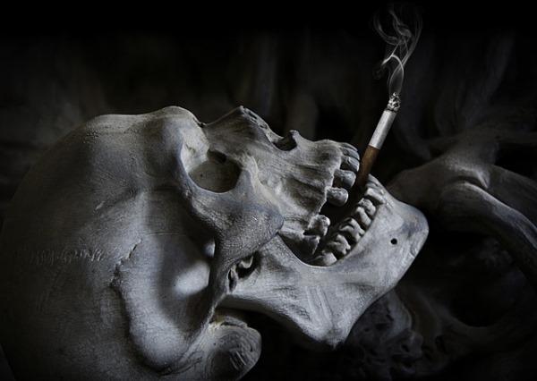 курение табака или марихуаны всеравно вредны